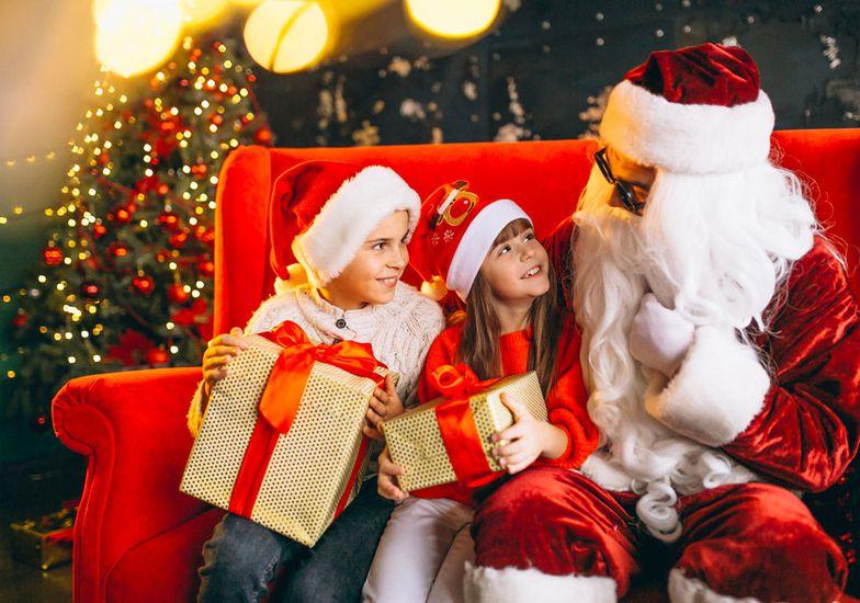 Immagini Bambini E Natale.I Bambini Incontrano Babbo Natale Cinque Terre Della Valgandino Eventi